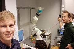 murab-hackaton-group-robot